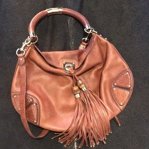 Gucci Leather Indy Top Handle Bag 🙌🏻